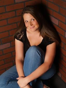 Katie McGarry headshot[3190].jpg